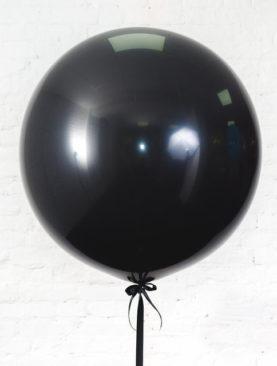 Шар гигант черного цвета